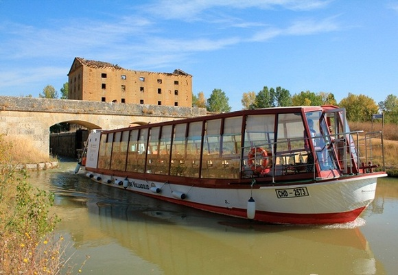 Canal de Castilla, excursin en barco